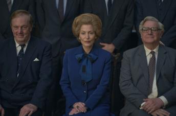 The Crown 4: Gillian Anderson è una favolosa Margaret Thatcher nel nuovo trailer