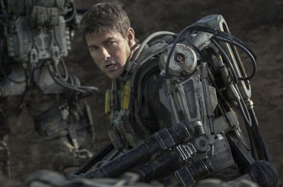 Tom Cruise in una scena di Edge of Tomorrow