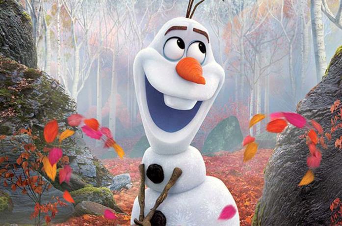Un'immagine che ritrae il simpatico Olaf in Frozen 2 - Il segreto di Arendelle