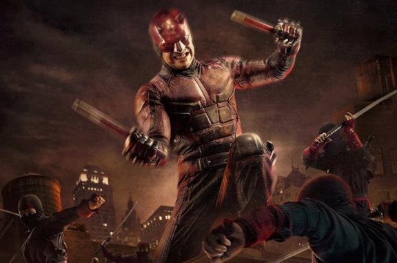 Un'immagine di Daredevil in azione nella serie Netflix