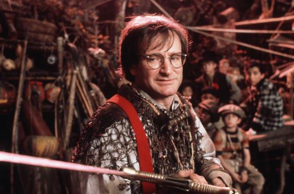Robin Williams nel ruolo di Peter in Hook