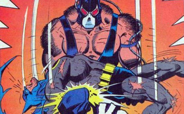 Batman scaraventato da Bane sul proprio ginocchio