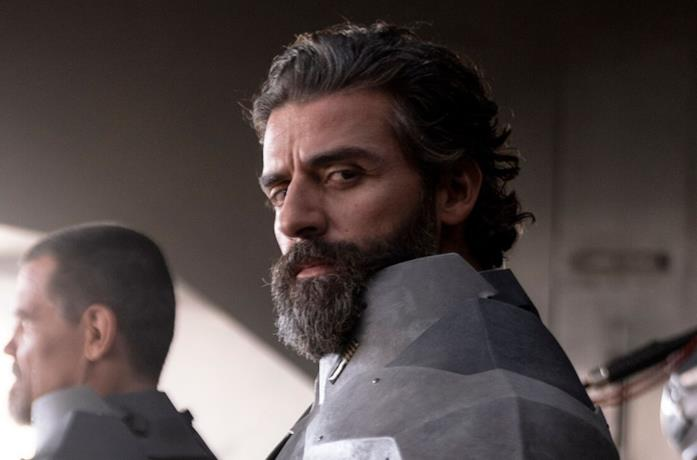Oscar Isaac in una foto di scena