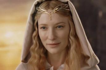 Un'immagine di Cate Blanchett nei panni di Galandriel