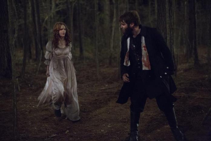 Cotton Mather rinnega la moglie Anne Hale e scappa da Salem