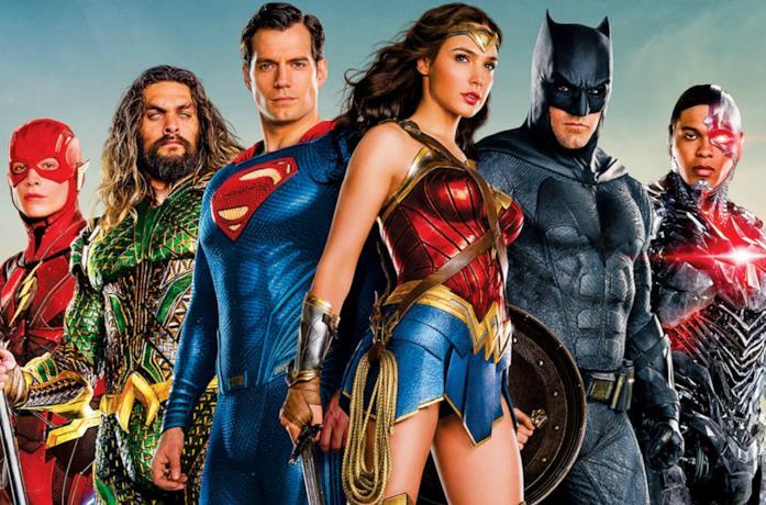 La Justice League al completo in un'immagine promozionale del film