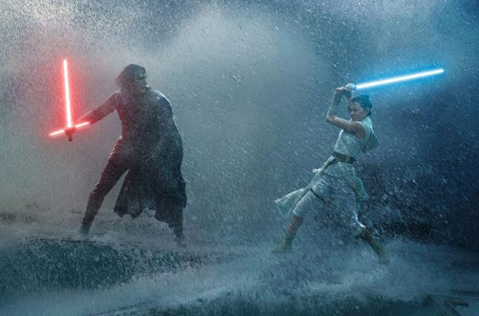 Kylo e Rey si affrontano
