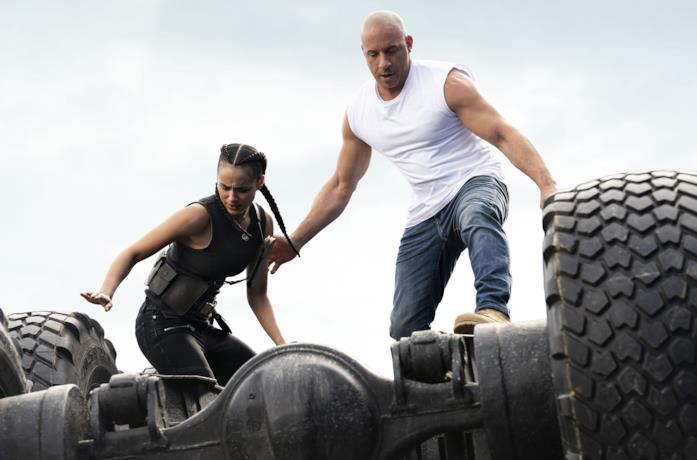 Dom e Ramsey in una scena di Fast & Furious 9