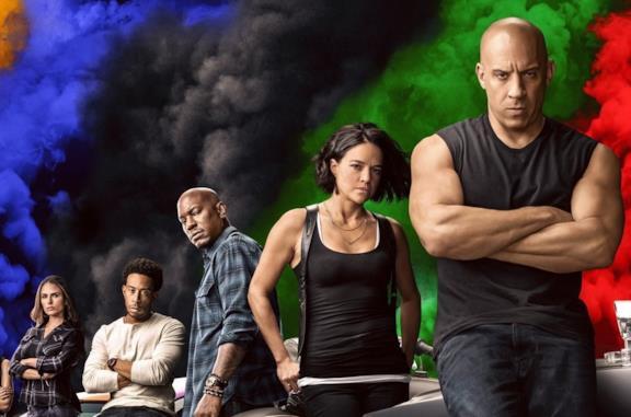 Un'immagine del cast di Fast & Furious 9