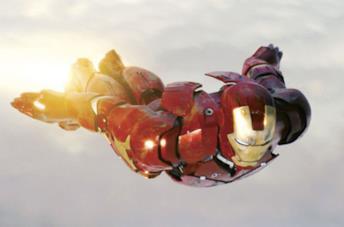 Robert Downey Jr. è Tony Stark in una scena di Iron Man