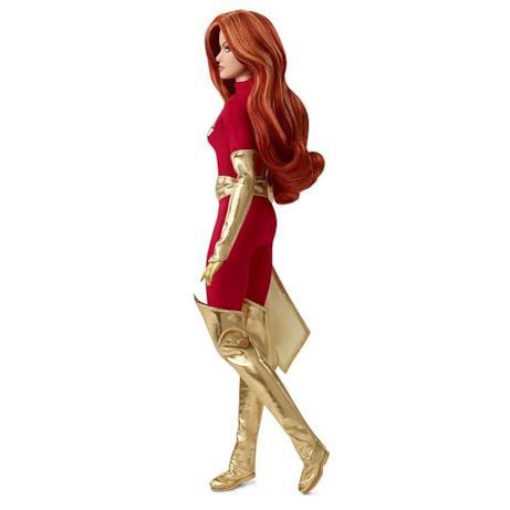 Barbie Dark Phoenix di profilo
