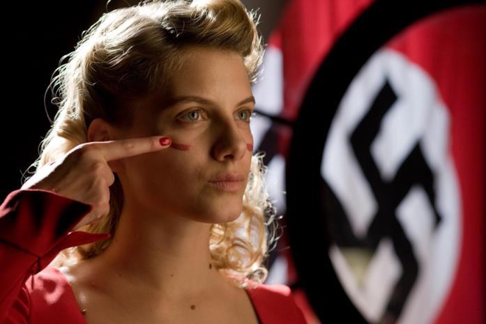 Mélanie Laurent in una scena del film