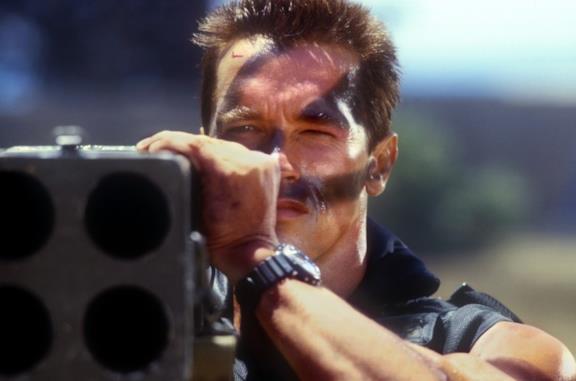 Commando, la recensione del cult con Arnold Schwarzenegger del 1985