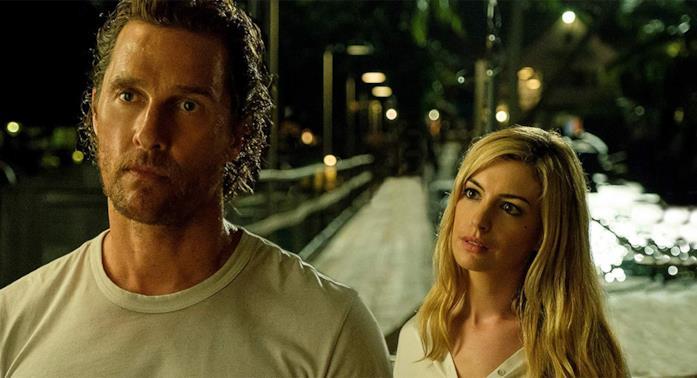 Matthew McConaughey e Anne Hathaway in Serenity - L'isola dell'inganno