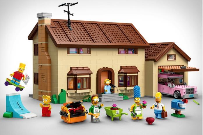 La casa Lego dei Simpson e tutti i gadget compresi nella casa