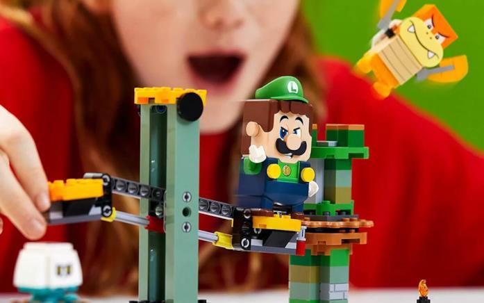Il set LEGO Super Mario si arricchisce con Avventure di Luigi Starter Pack