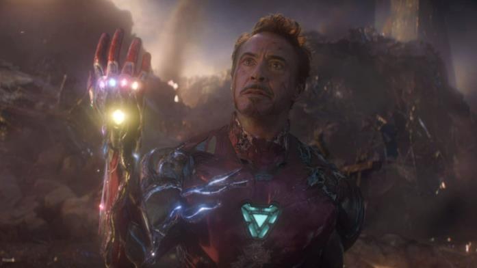 Tony stark schiocco finale avengers endgame