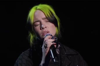 Billie Eilish canta agli Oscar 2020