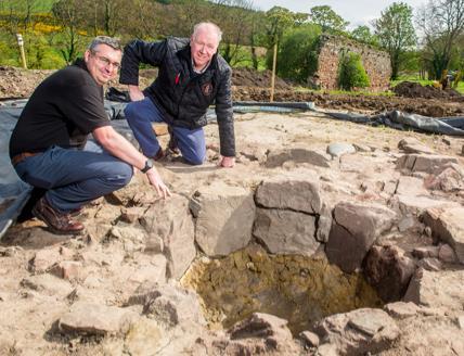 Gli archeologi responsabili del ritrovamento