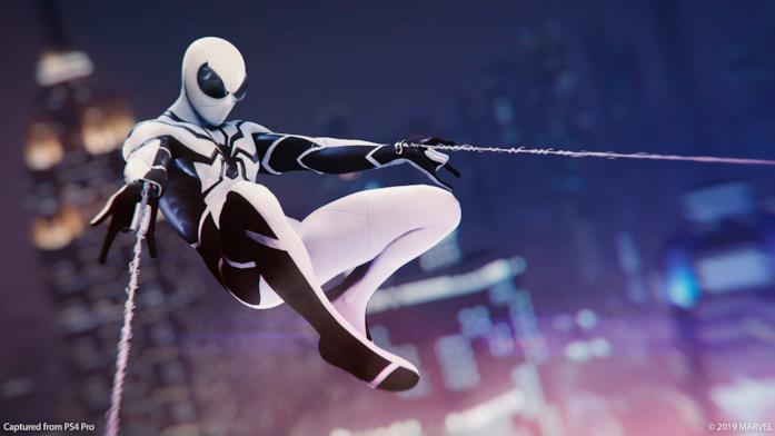 Immagine promozionale del costume di Fondazione Futuro per Marvel's Spider-Man