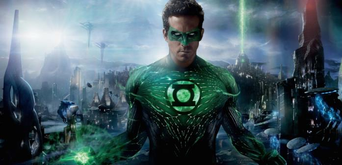 Primo piano di Ryan Reynolds nei panni di Lanterna Verde (2011)