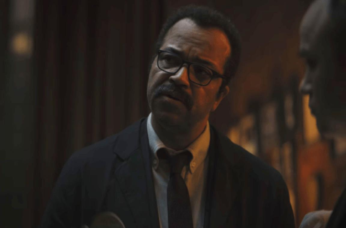 Un'immagine di Jeffrey Wright come Jim Gordon