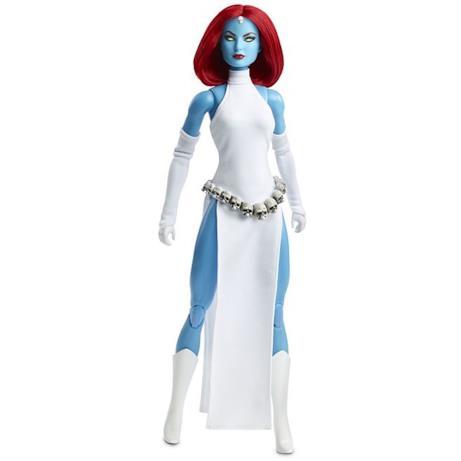 Figura intera Barbie Mystique