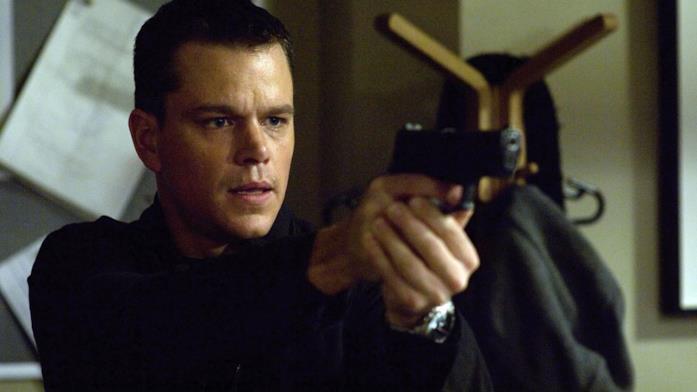 Matt Damon in una scena del film The Bourne Identity