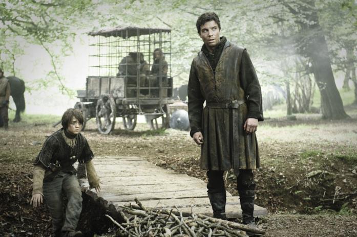 Arya e Gendry viaggiano con Yoren