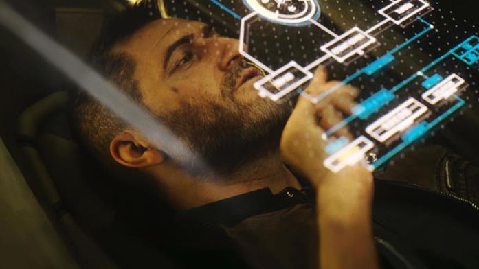 Il protagonista dell'episodio Oltre aquilautilizza un futuristico computer