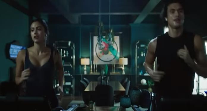 Reggie e Veronica in una scena dal trailer di Riverdale 6