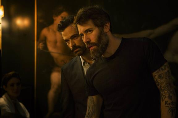 Romain Duris e Jalil Lespert in una scena del film Iris