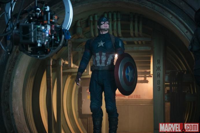 Chris Evans dietro le quinte di Capitan America: Civil War