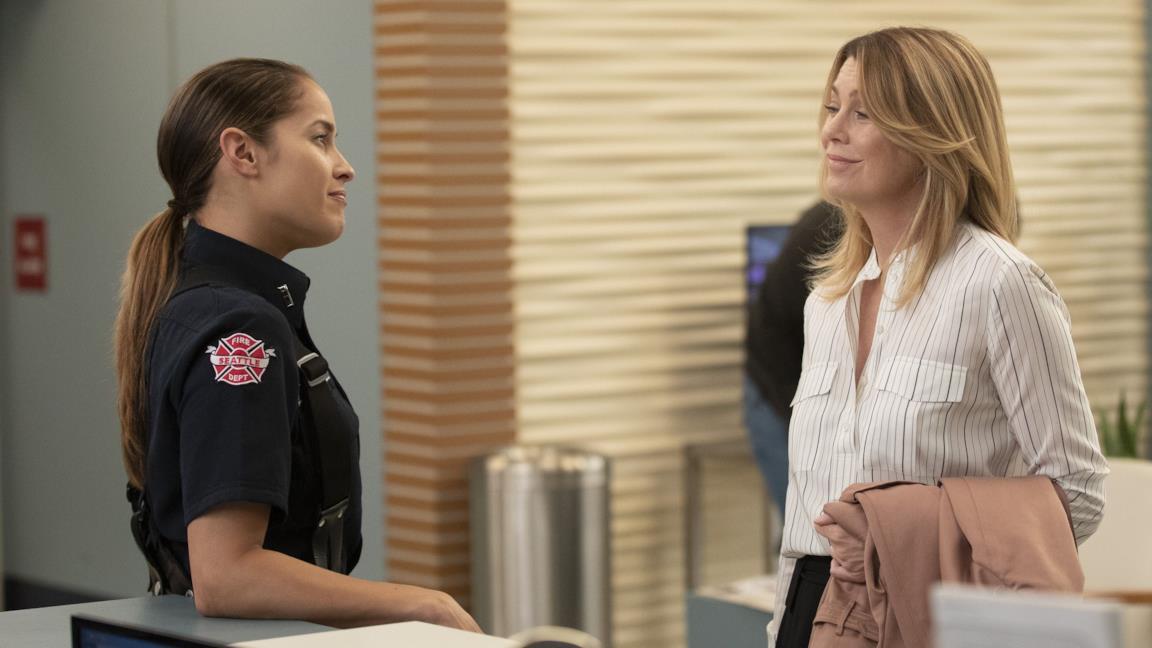 Grey's Anatomy e Station 19 rinnovati, Ellen Pompeo firma un nuovo accordo milionario