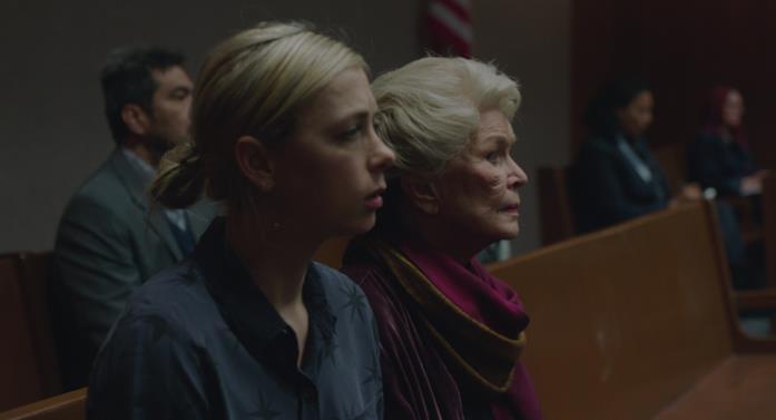Martha e la madre in tribunale