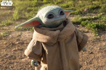 Baby Yoda in scala 1:1 esiste e può essere comprato