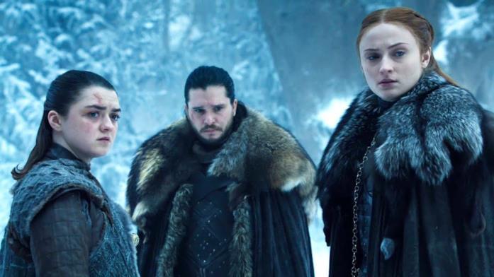 Maisie Williams, Kit Harington e Sophie Turner in Game of Thrones 8