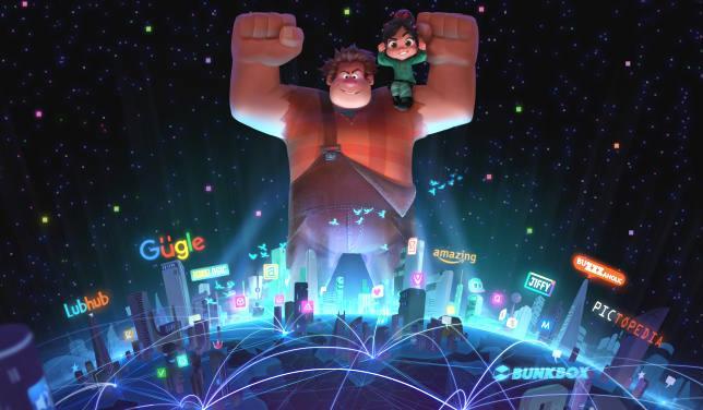 Un Ralph trionfante con il World Wide Web ai suoi piedi mentre Vanellope siede sulla sua spalla