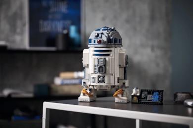 Il nuovo modello di R2-D2 in versione LEGO