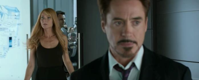 Pepper Potts (Gwyneth Paltrow) e Tony Stark in una scena di Spider-Man: Homecoming