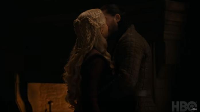 GoT 8x04: Jon e Daenerys si baciano