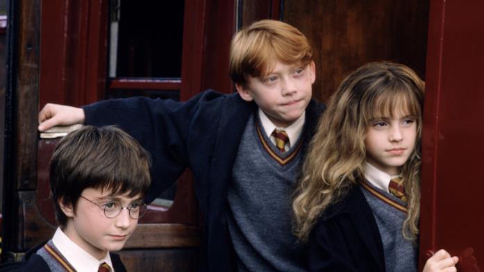 Harry Potter, Ron ed Hermione prima di salire sull'Hogwarts Express in Harry Potter e la Pietra Filosofale