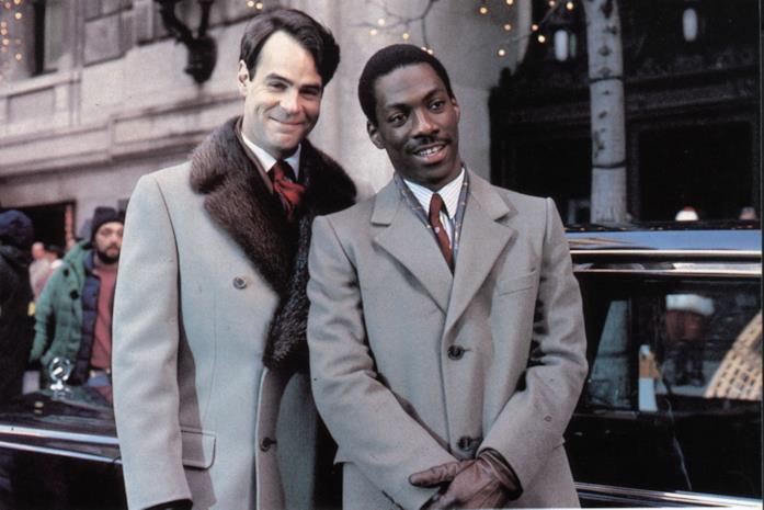 Un'immagine di Dan Aykroyd ed Eddie Murphy in Una Poltrona per due