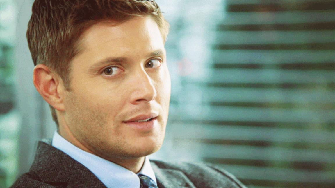Jensen Ackles sorridente in Supernatural