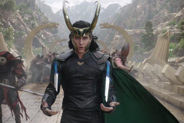 Loki con i pugnali