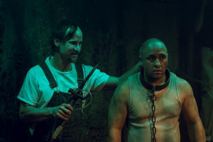 In Preacher 3 TC con un povero prigioniero incatenato