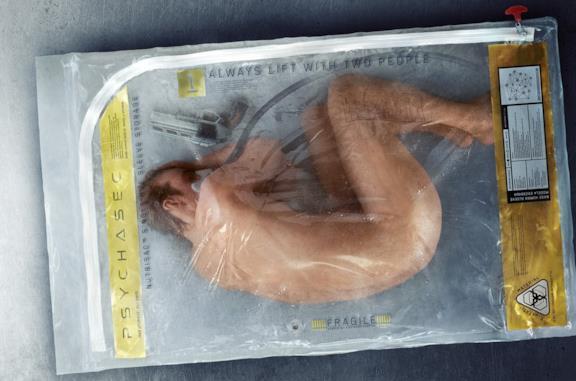 Un corpo contenuto all'interno di un contenitore