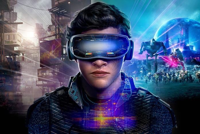 Il protagonista di Ready Player One con il visore per la realtà virtuale