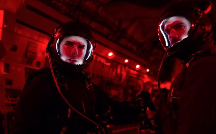 Tom Cruise edHenry Cavill in una scena di MissionImpossible- Fallout