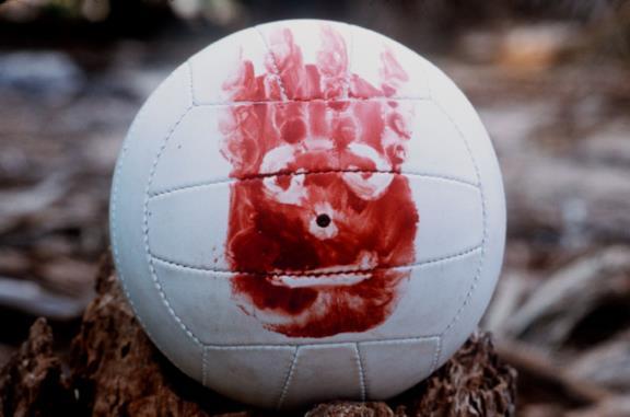 Tom Hanks in Cast Away insieme al pallone Wilson